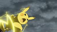 EP913 Pikachu de Ash usando rayo