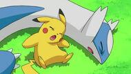 EP658 Pikachu y Latios debilitados