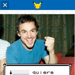 Uno de los diseños inserta un texto como en los videojuegos.