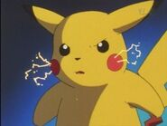 EP014 Pikachu enojado