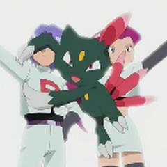 Team/Equipo Rocket imaginándose con Sneasel en su equipo.