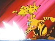EP224 Electabuzz peleando contra Pikachu