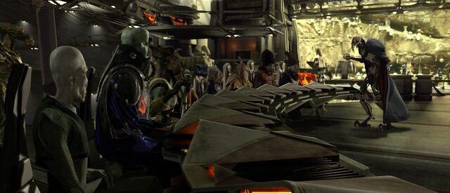 Archivo:Star Wars Episode III - Chapter 21 - The Separatist Council on Utapau.jpg