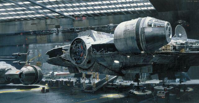 Archivo:Falcon-hangar.jpg