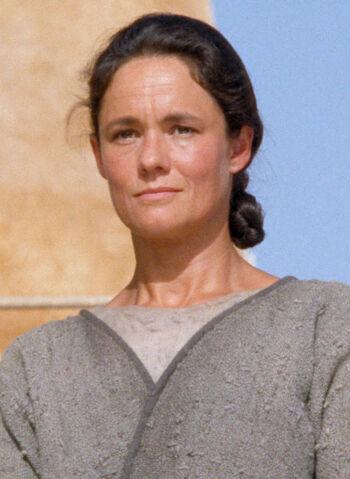Shmi Skywalker Lars