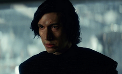 Kylo connecting with Rey