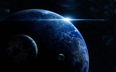 Planeta lunas amanecer 81