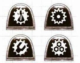 Manos de hierro hombreras clanes