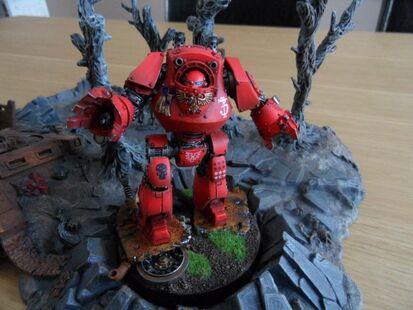 Dreadnought Contemptor Ángeles Sangrientos Herejía Warhammer 40k wikihammer