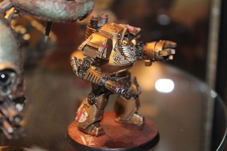 Warhammer World Nottingham Wikihammer Dreadnought Contemptor Custodes Herejía