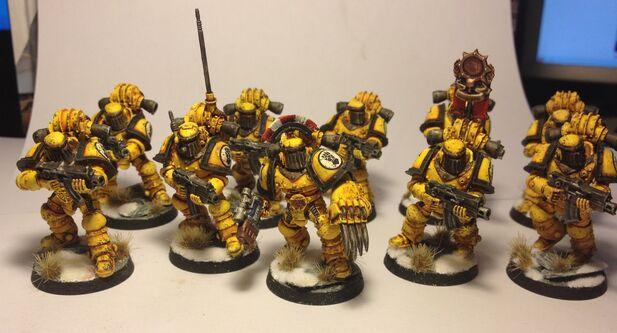 Escuadra Táctica Cruzada Puños Imperiales