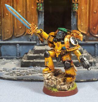 Campeón puñon imperiales herejía wikihammer