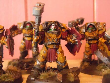 Exterminadores Cataphractii Puños Imperiales