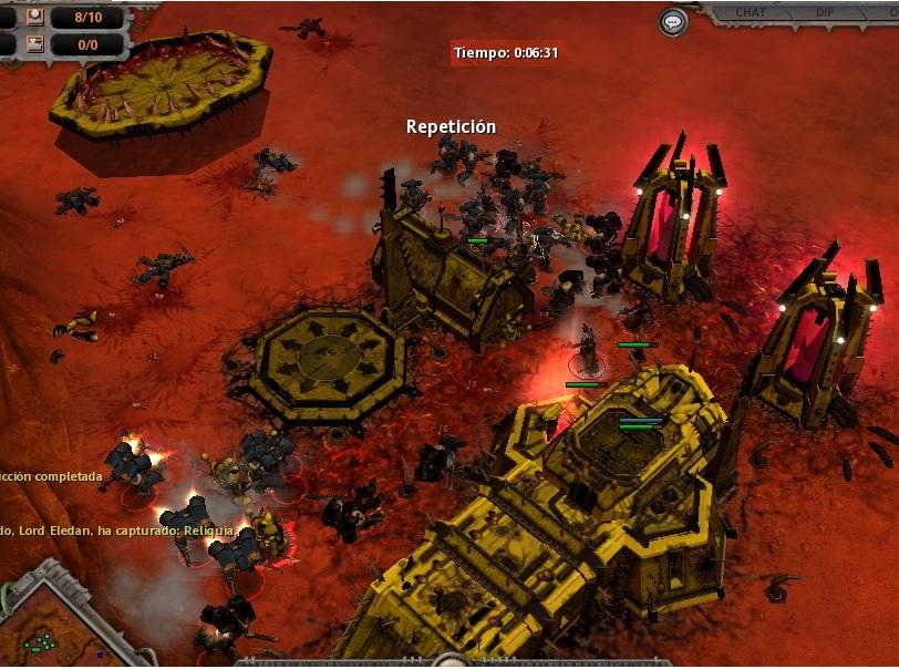 4 Animados por la primera victoria, los Ultramarines, reforzados por Templarios, asaltan la base del Caos.