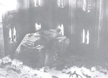 Destructor 4 (Blanco y Negro)