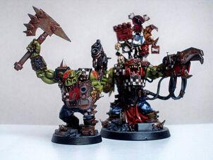Orkos miniatura Hachaz Zangrientaz Warhammer 40k Wikihammer