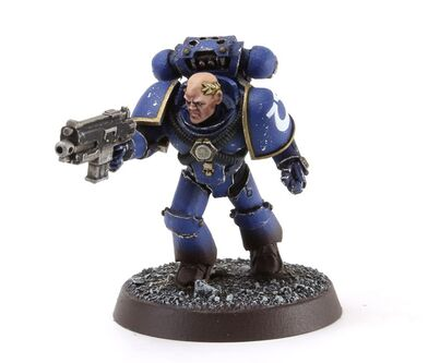 Sargento Táctico Ultramarines Laureado Maximus