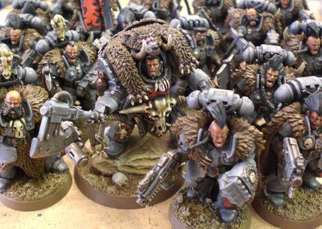 Señor Lobo Exterminador y veteranos Lobos Espaciales Herejía
