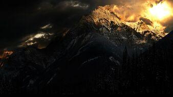 Montañas amanecer nieve
