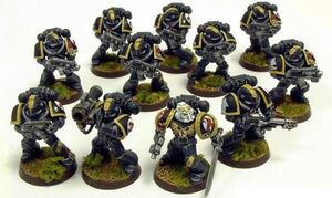 Escorpiones Rojos Escuadra Veteranos Marines Espaciales Astartes Wikihammer