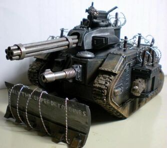 Miniatura guardia imperial tanque leman russ Punisher