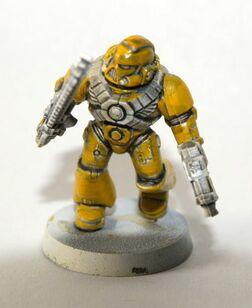 Pintura marine amarillo 02