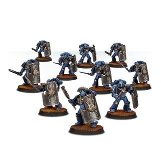 Escuadra Rompedora Ultramarines Forge World miniaturas