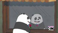 Panda con Ramo de Flores