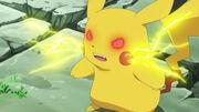 EP783 Pikachu controlado