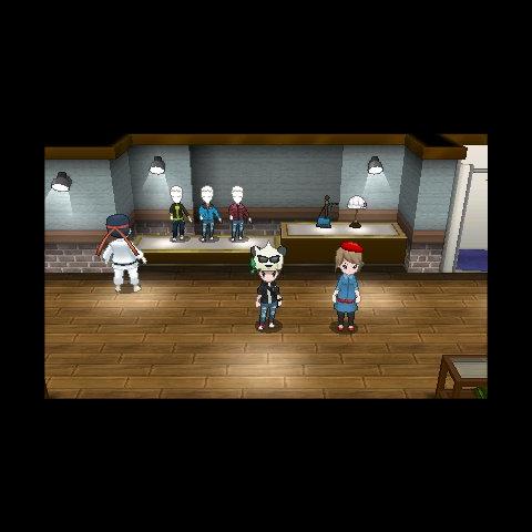 El jugador en una tienda de ropa. También se puede ver que su ropa ha sido personalizada.
