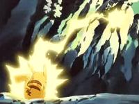 EE01 Pikachu usando rayo