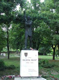 Balassa Bálint szobra