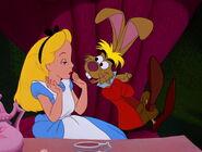 Alice-in-wonderland-disneyscreencaps.com-4952