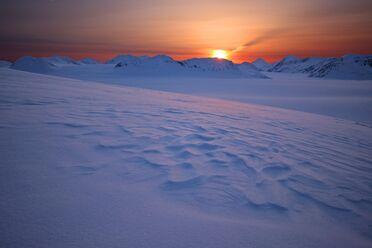 Alaska-cold-colorful-326157