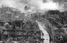 250px-Ruined Kiev in WWII