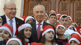 Peres with Christians