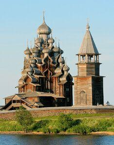 800px-Kizhi church 1