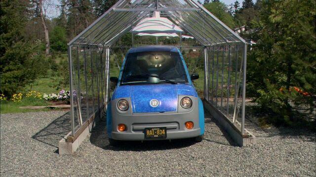 File:Solar powered car.jpg