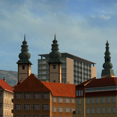 Landhaus (left two towers), Heiligengeistkirche (right tower) and Rothauerhochhaus (building in background)