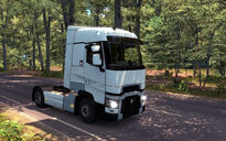 Renault T first