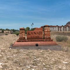 Kanab sign