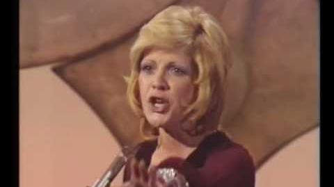 Eurovision 1971 - Monaco - Séverine - Un banc, un arbre, une rue HQ SUBTITLED