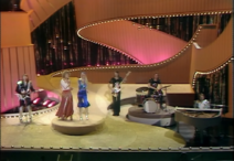 08 Sweden - ABBA - Waterloo (2)