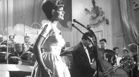Das Alte Karussell - Lys Assia - Switzerland 1956 (Audio)