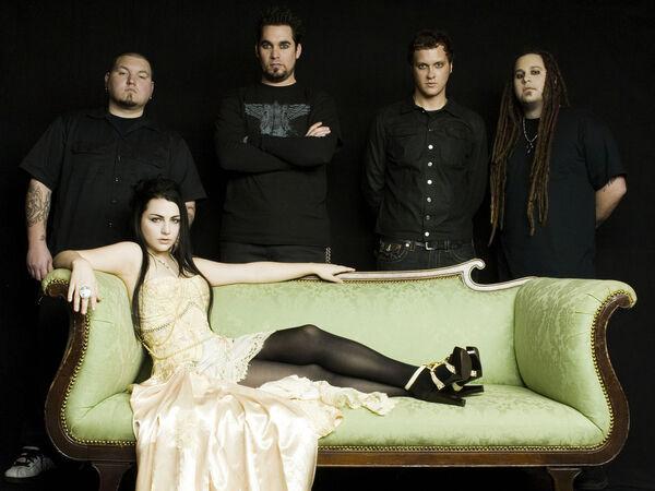 Archivo:Evanescence 4.jpg