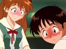 Shinji y Asuka sonrojados Ep 17