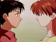 Shinji y Asuka antes del beso