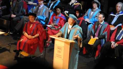 Eason Chan at Kingston Univeristy Graduation Ceremony - singing 天下無雙