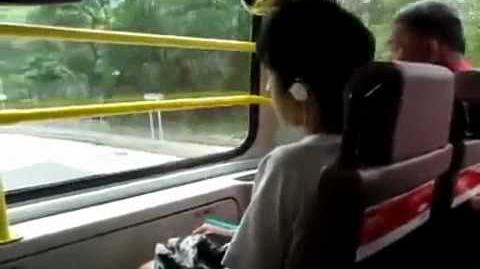 (Eng subtitles) Chinese Idiot on the bus 巴士低能仔