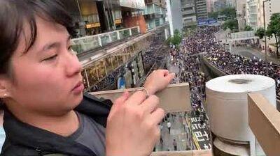 香港警察點選遊行人數,Click...Click..
